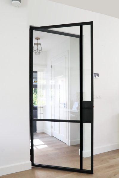 stalen deur modern